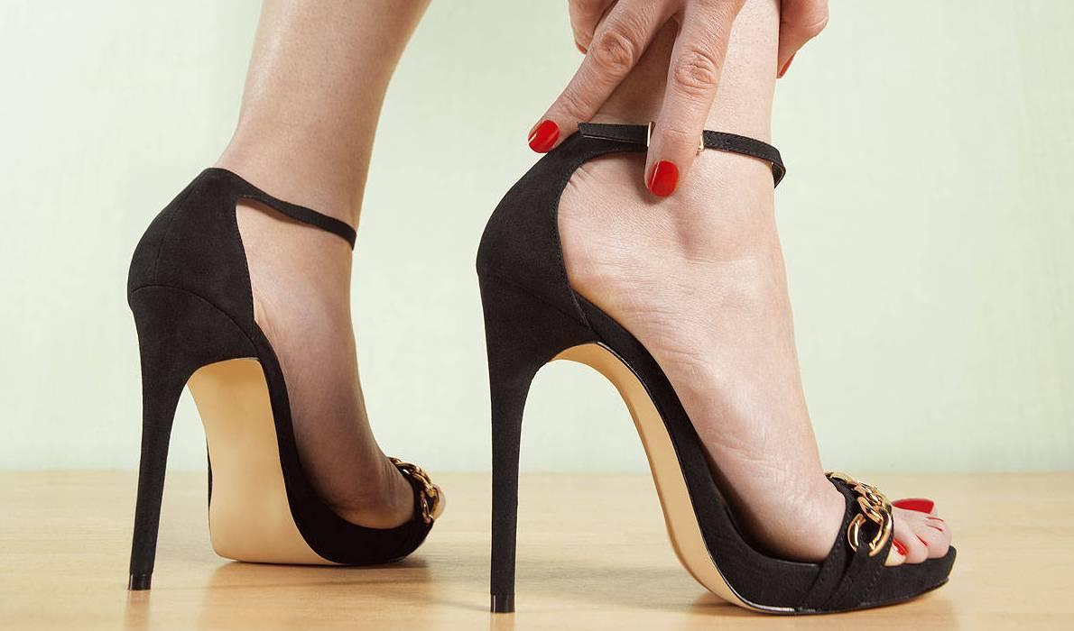 rasa sakit memakai high heels