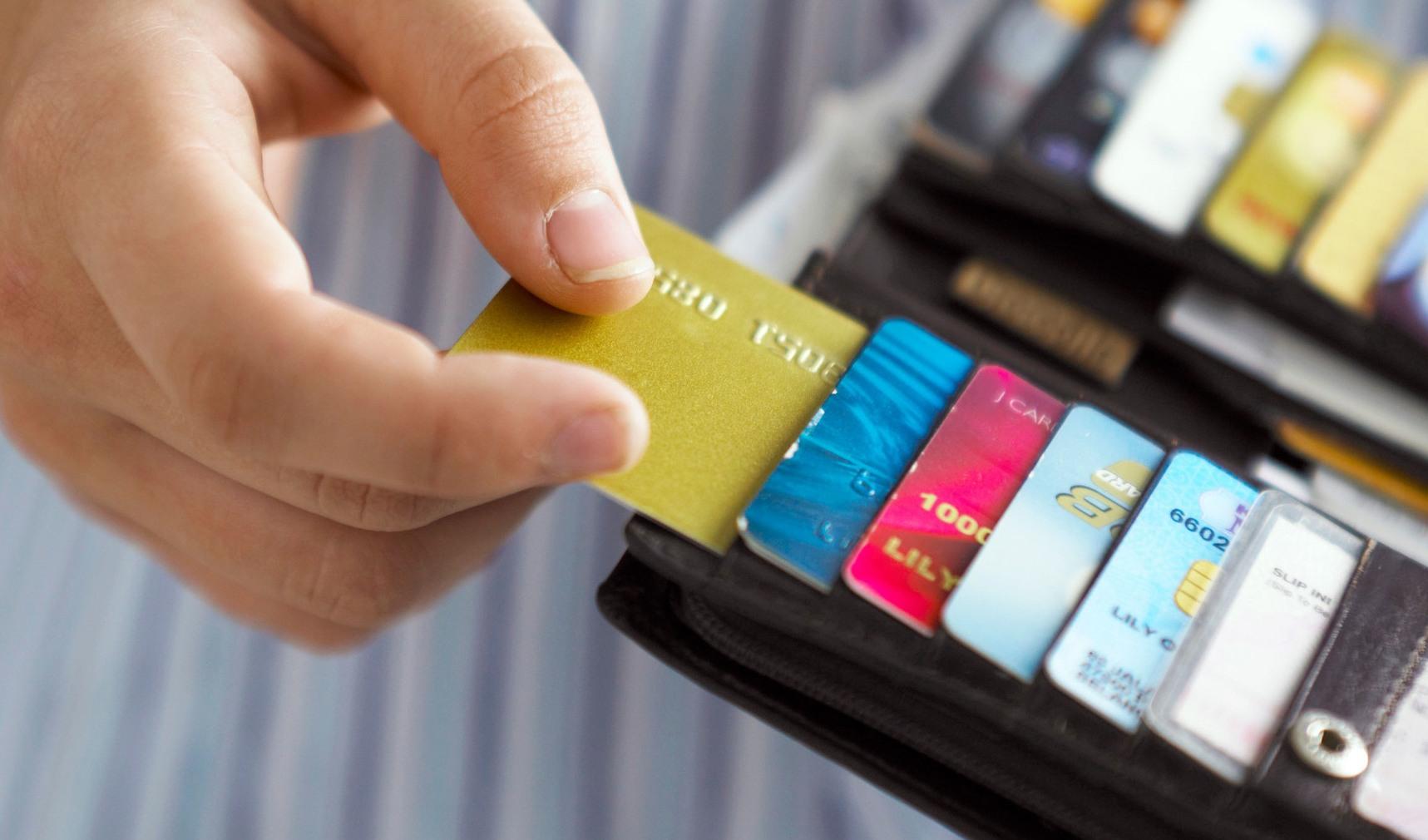 menggunakan kartu kredit bijak