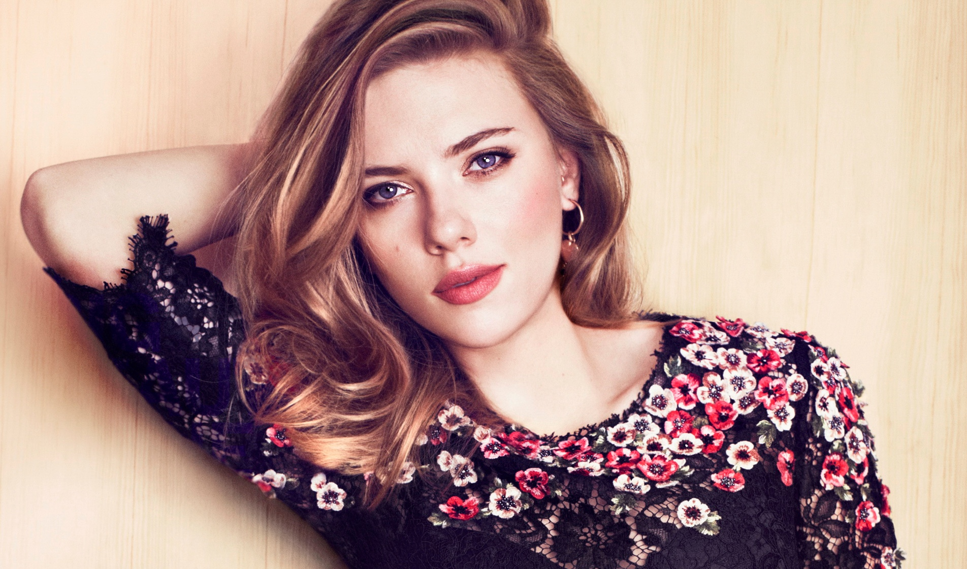 wanita tercantik 2014