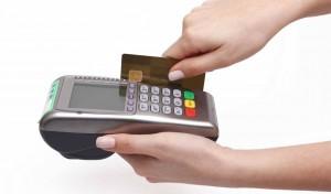 membayar dengan kartu debit