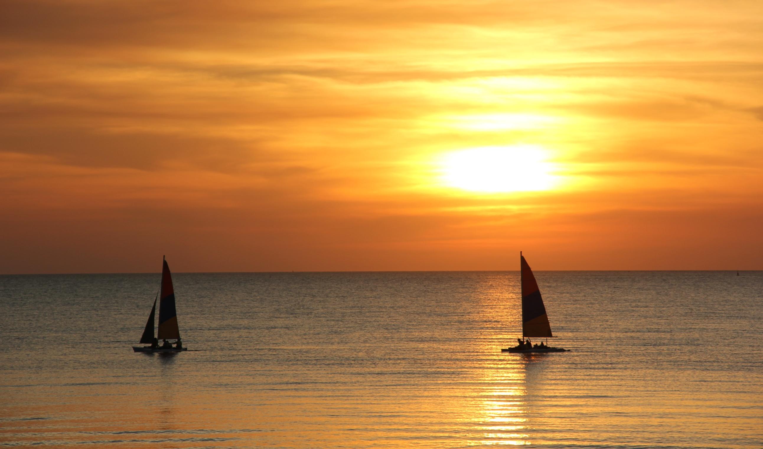 sunset di australia