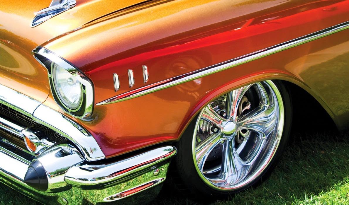 mobil lama terlihat baru