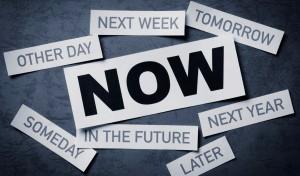 menghentikan kebiasaan menunda pekerjaan