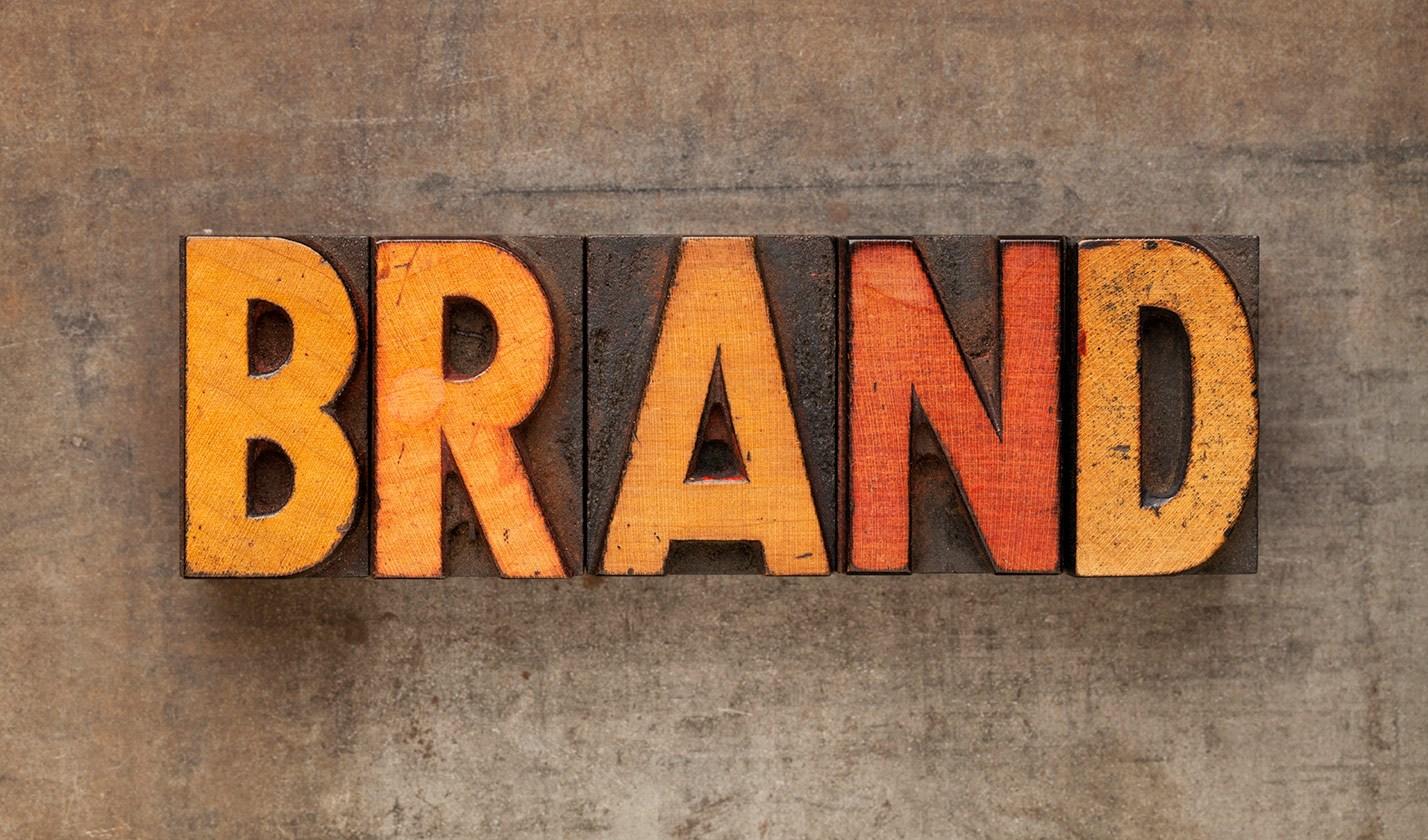 membuat brand