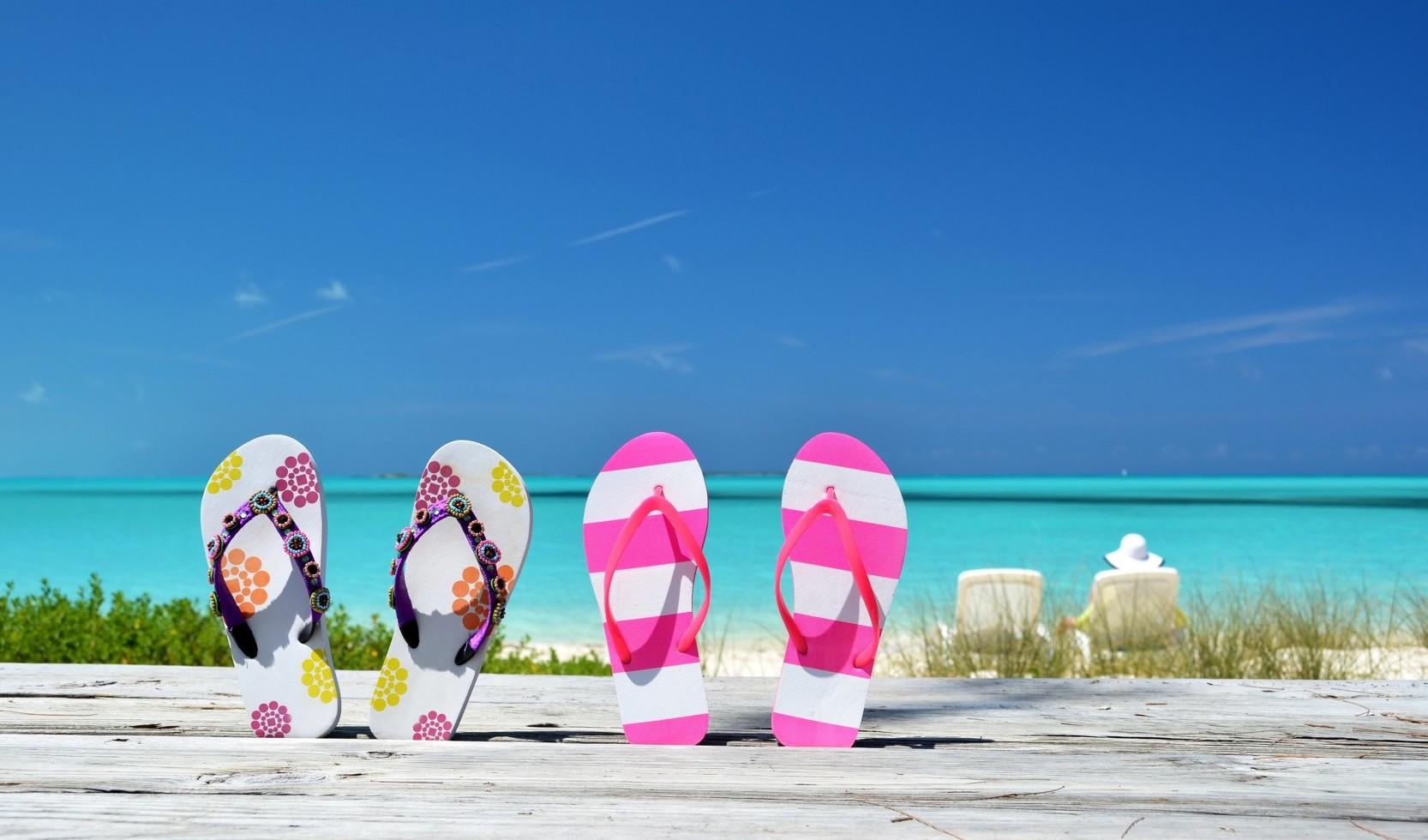 sandal untuk traveling